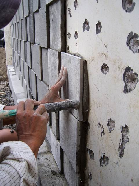 tips pemasangan batu alam pemborong bangunan